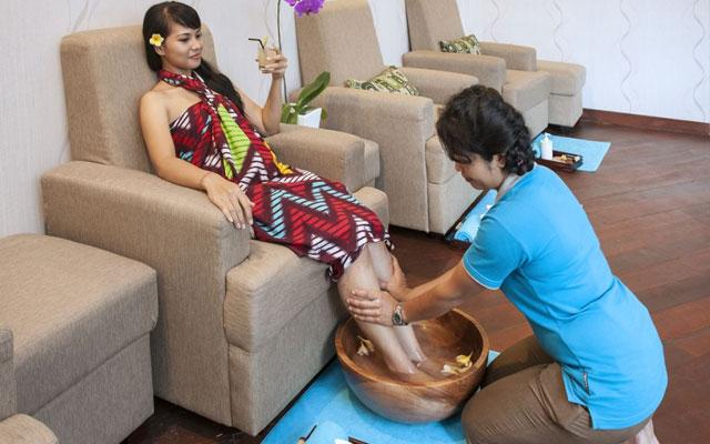 Ahara Spa - Ubud Wana Resort - Foot Massage