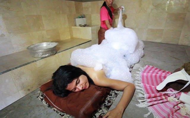 Carik Spa Ubud - Turkish Bath in Bali - Foam Bath