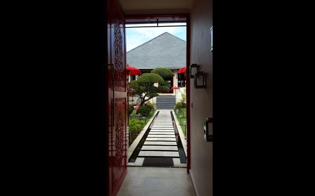 Ubud Spa - Cube Spa Rouge : Outside View