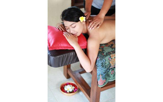 Spa Bali Lembongan - Dream Beach Kubu - Massage