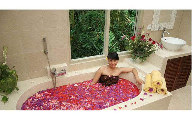 Spa Ubud - Esthetic Spa : bath