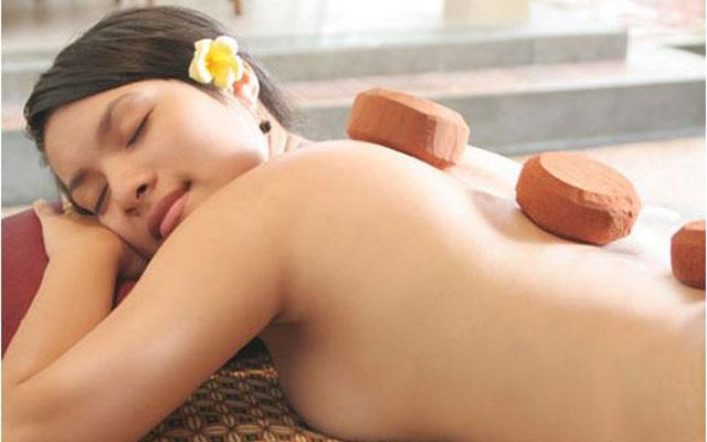 Spa Ubud - Esthetic Spa : hot stone massage