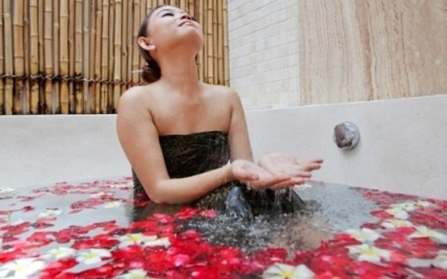 Maca Villas and Spa Bali - Flower Bath