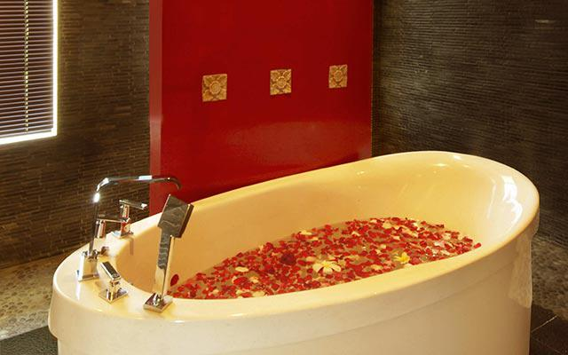 Spa Nusa Dua - Spassion Bali : flower bath