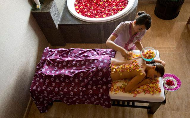 Flower Petal Massage - RIMBA Rooftop Spa, Jimbaran