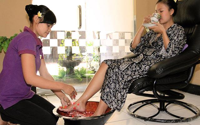 Nusa Dua Spa - Bali Flower Spa : Foot bath