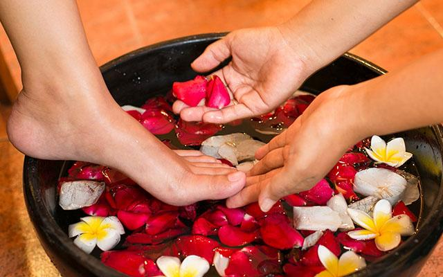 Lantana Spa - Parigata Resort Sanur - Foot Bath