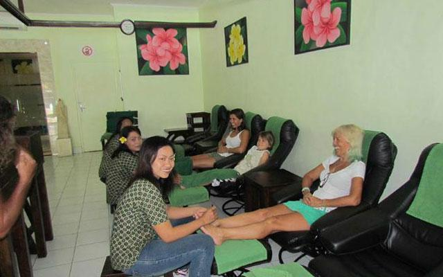 Massage in Legian - PIPs Foot Massage