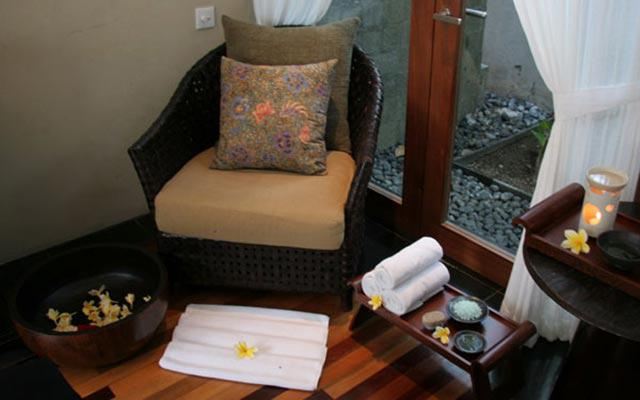 Spa Nusa Dua - Kayumanis Spa - Foot Treatment
