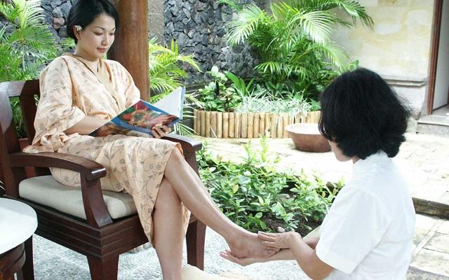 Foot Treatment - Febri's Spa Kuta
