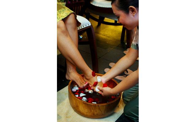 Mahagiri Spa Sanur-Foot Treatment