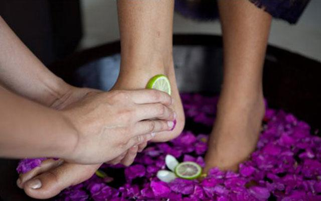 Spa Nusa Dua - Royal Balinese Spa : foot treeatment