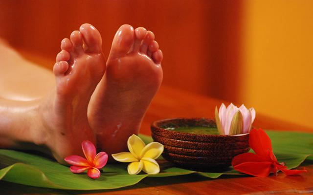 Spa Lovina - Zen's Amaris Spa : foot treatment
