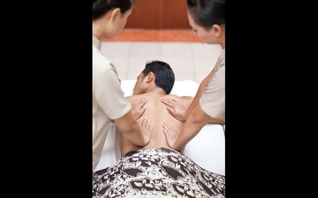 Four Hand Massage - Jasmine Aromatic House Tuban