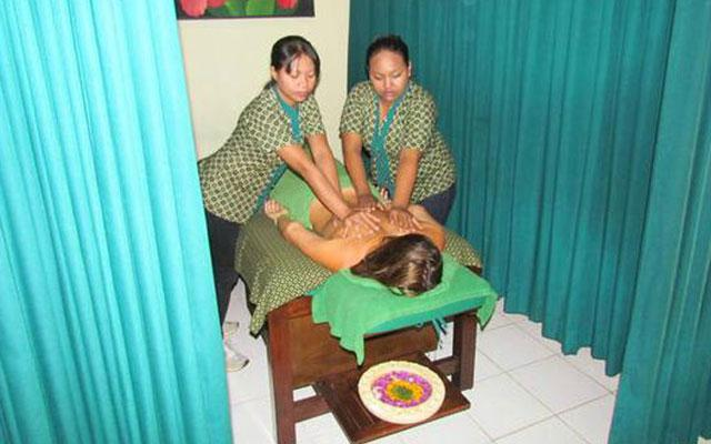 Massage in Legian - PIPs Four Hands Massage