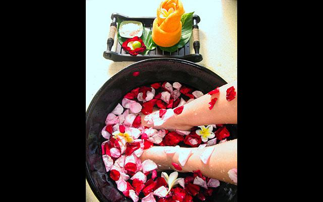 Kuta Spa - H'Spa Happy Feet Reflexology : Foot Bath