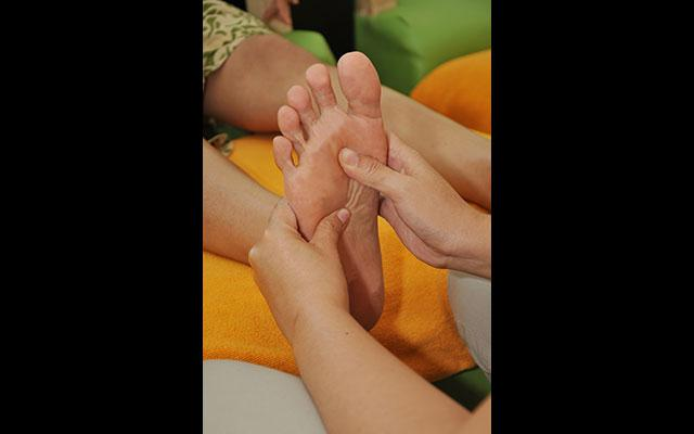 Kuta Spa - H'Spa Happy Feet Reflexology : Reflexology