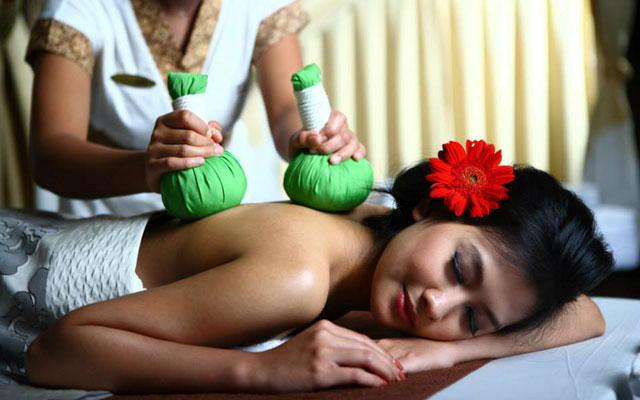 Spa Kuta - Everyday Spa : herbal massage