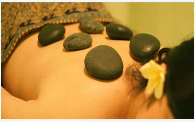 Spa Kuta - Harmony Spa : hot stone massage