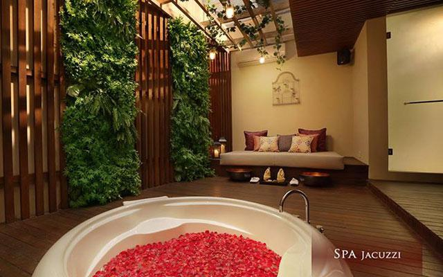 Kuta Spa - Spa at Berry Amour : Jacuzzi