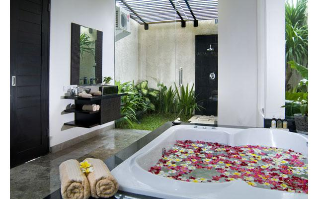Spa Bali uluwatu - Jacuzzi Tub at Moonlight Spa
