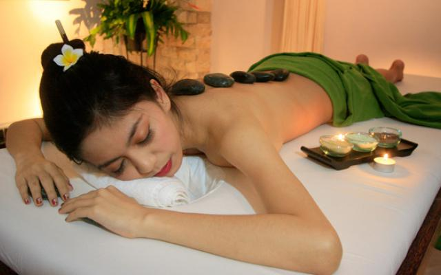 Maxi Spa Kuta - Warm Stone Massage