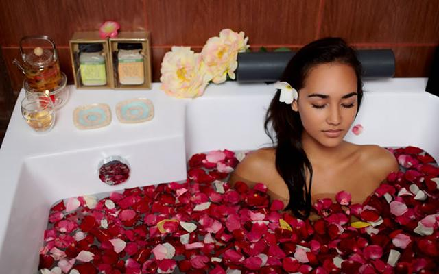 M Spa Bali - Your Transit Spa - Flower Bath