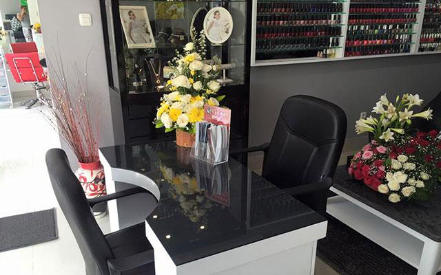 Nail Bar Bali Reception