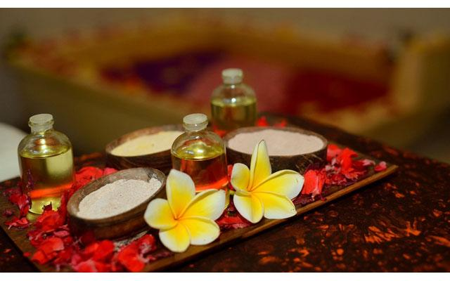 Holiday Spa Sanur-Oils
