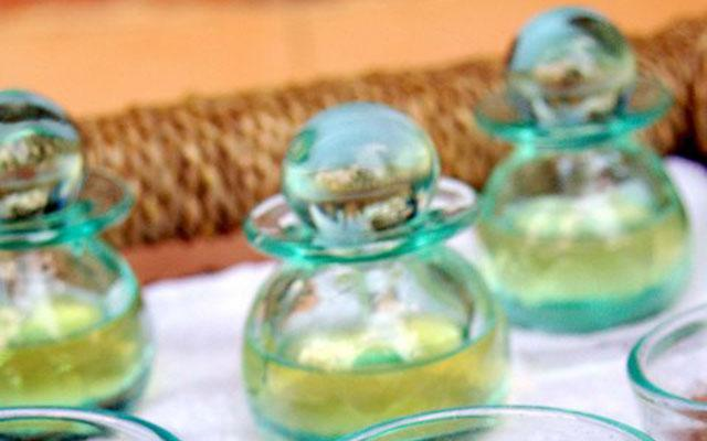 Ubud Spa - Pertenin Body Care: Massage Oil