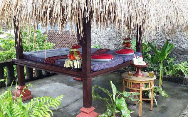 Ubud Spa - Pondok Frog : Gazebo Massage