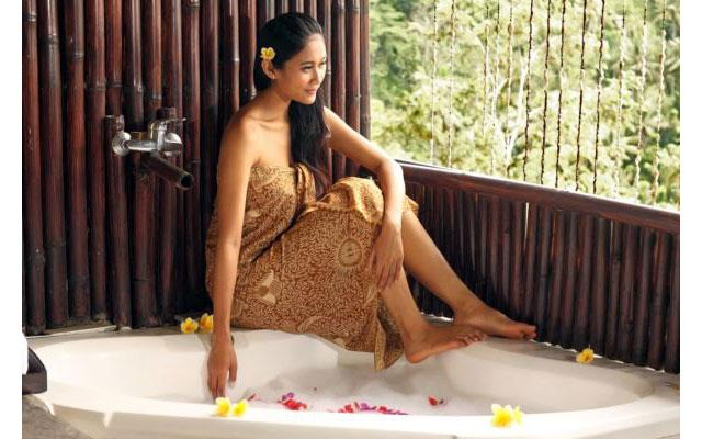 Puri Bunga Spa, Ubud - Flower Bath