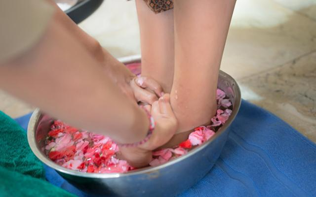 Champlung Sari Hotel Ubud - Purnama Spa - Foot Treatment