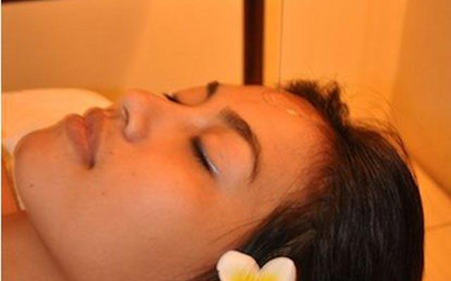 Spa Legian - Smart Salon & Day Spa : shirodara treatment
