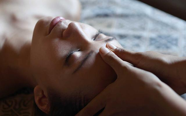 Bali Spa - Alindra Villa - Head Massage
