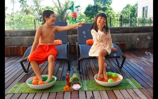 Massage for Kids in Kuta - Harris Riverview Hotel