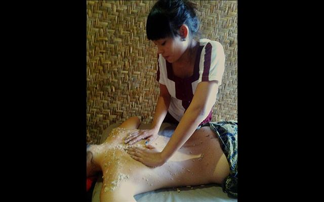 Starchild Spa Ubud Herbal Body Scrub