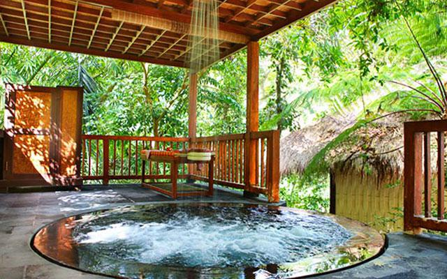 Spa Ubud - Sungai Spa : jacuzzy