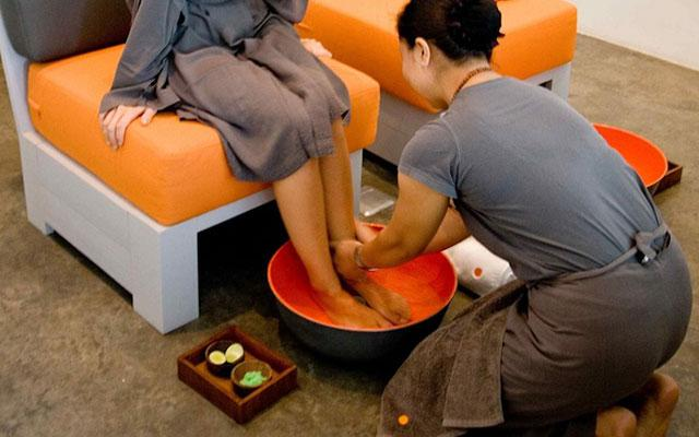 Spa Canggu - Therapy : foot bath