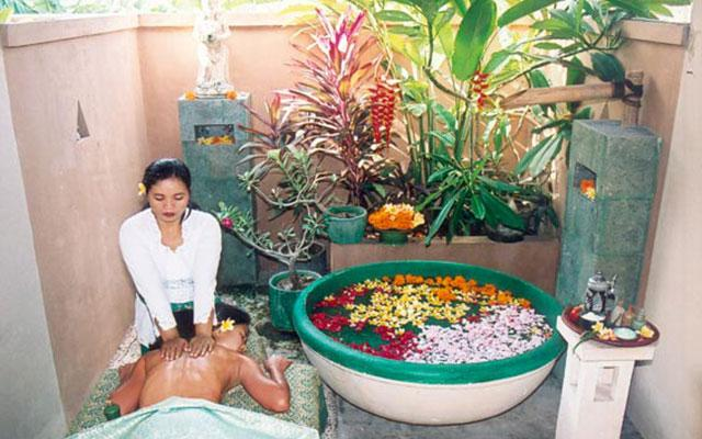 Spa Bali - Sekar Jagat Spa : treatment room balinese massage