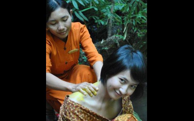 Spa Ubud - Sungai Spa : massage