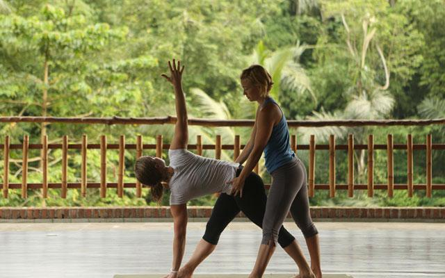 Ubud Yoga - Yoga at Abing : Yoga Practice