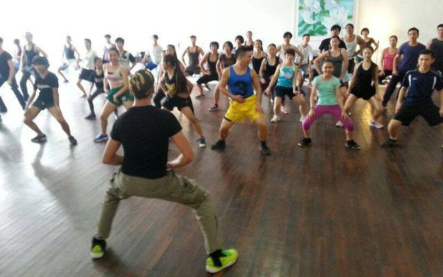 Zumba Club in Canggu - ES Studio Bali
