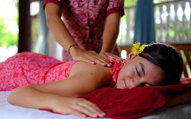 Bali Taman Lovina - Teratai Spa - Body Massage
