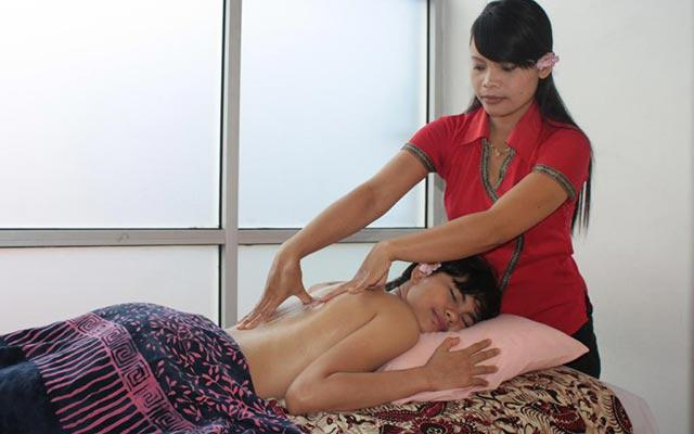 Spa Seminyak - Carla Spa Seminyak : full body massage