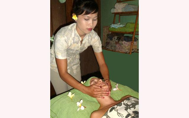 Spa Tabanan - Lucy's Butterfly Spa : facial