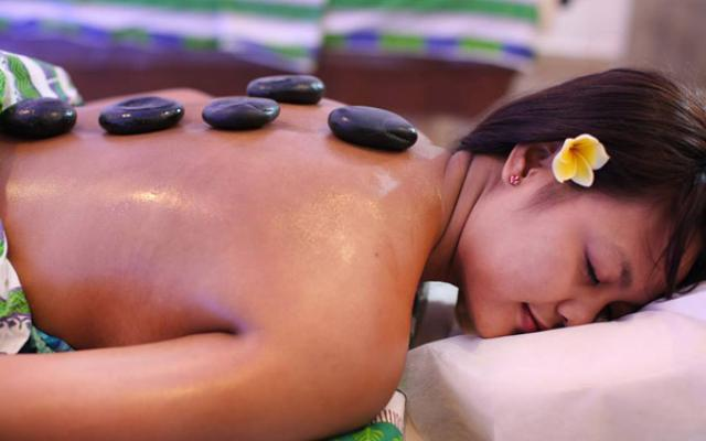 Spa Ubud - Asian Prophecy Spa	: hot stones
