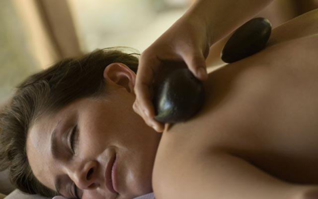 Kamandalu Spa Ubud - Hot Stone Treatment