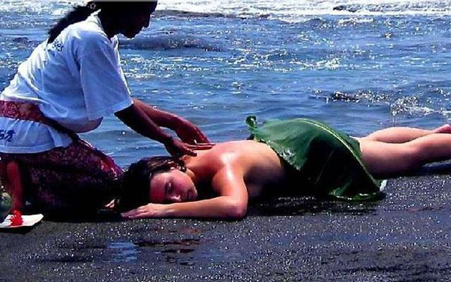 Beach Massage - Dajuma Spa Jembrana