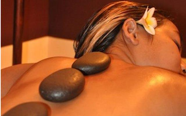 Spa Legian - Smart Salon & Day Spa : stone massage